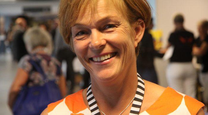 """Anna Nilsdotter har i rollen som ordförande i MUR utformat utbildningsplanen tillsammans med bland andra kollegan Leif Lapidus. """"Vi funderar på att kalla den för """"Lapidusplanen"""" efter allt arbete han har lagt ner på den"""", säger hon. Foto: Malin Lindgren"""