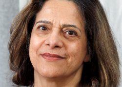 Sjukhusläkarnas Shokoufeh Manouchehrpour, gynonkolog med lång erfarenhet av att kommunicera med Försäkringskassan.