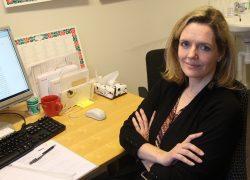 Ylva Rangnitt arbetar som företagsläkare på en större företagshälsa i Stockholm och är engagerad som styrelseledamot och sekreterare i Svenska företagsläkarföreningen. I botten är hon specialist i reumatologi. Foto: Malin Lindgren