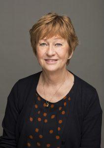 Ewa Sunneborn, medlem av IVO:s ledningsgrupp och även avdelningschef för avdelning mitt (Örebro) är förvånad över chefläkarnas uppskattning av mörkertalet när det gäller antalet anmälda vårdskador.