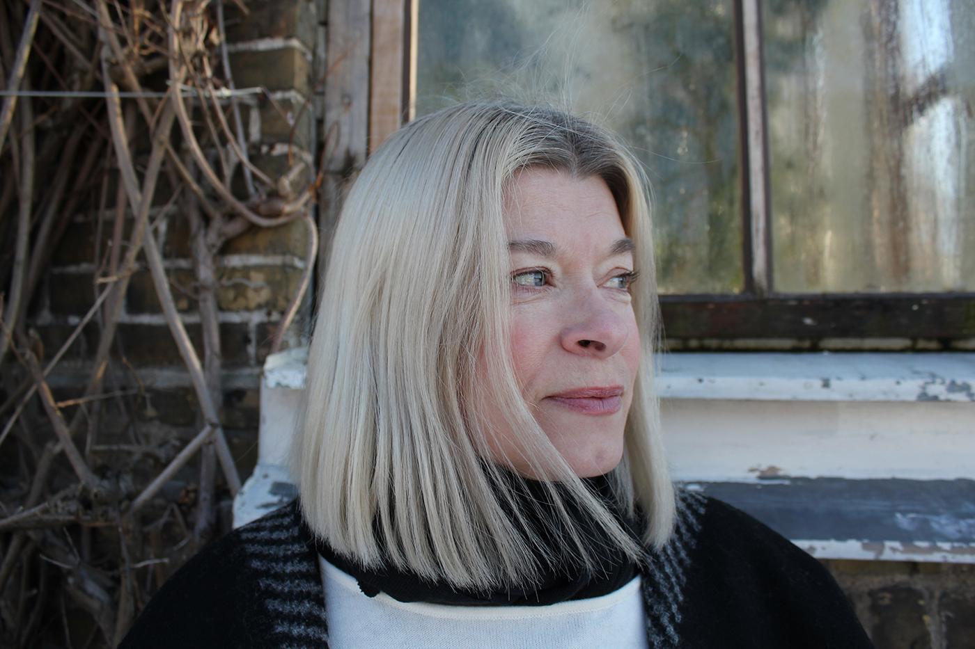 """Mia Berg, som riskerade att dö av felbehandlingar på akuten i Malmö dömer ut dagens säkerhetsarbete: """"Det primära syftet med föreningen PatientPerspektiv är att ge hjälp och stöd åt vårdskadade och deras anhöriga genom att hjälpa till i anmälningsprocessen och publicera patientberättelser som kan få politikerna att vakna"""", berättar Mia Berg."""